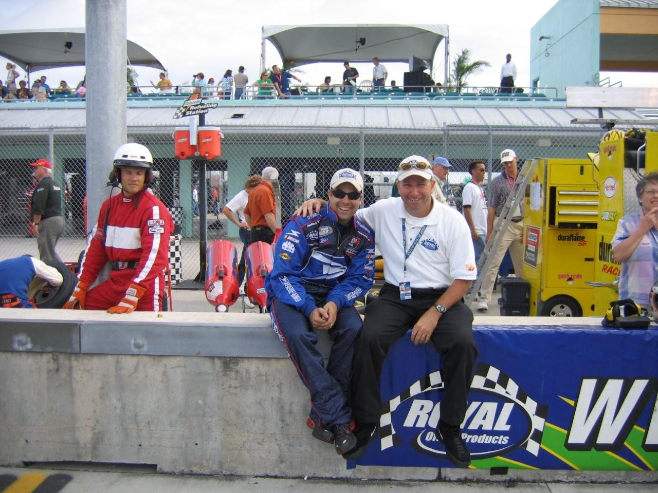 Jeff with Newt Moore, Crew Cheif of the #27 Busch Team